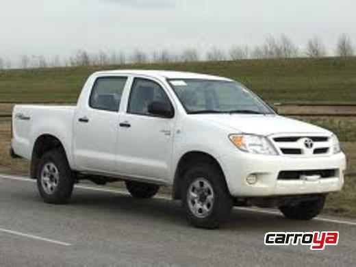 Toyota Hilux Turbo Diesel 4x4 Mecnica Doble Cabina 2013