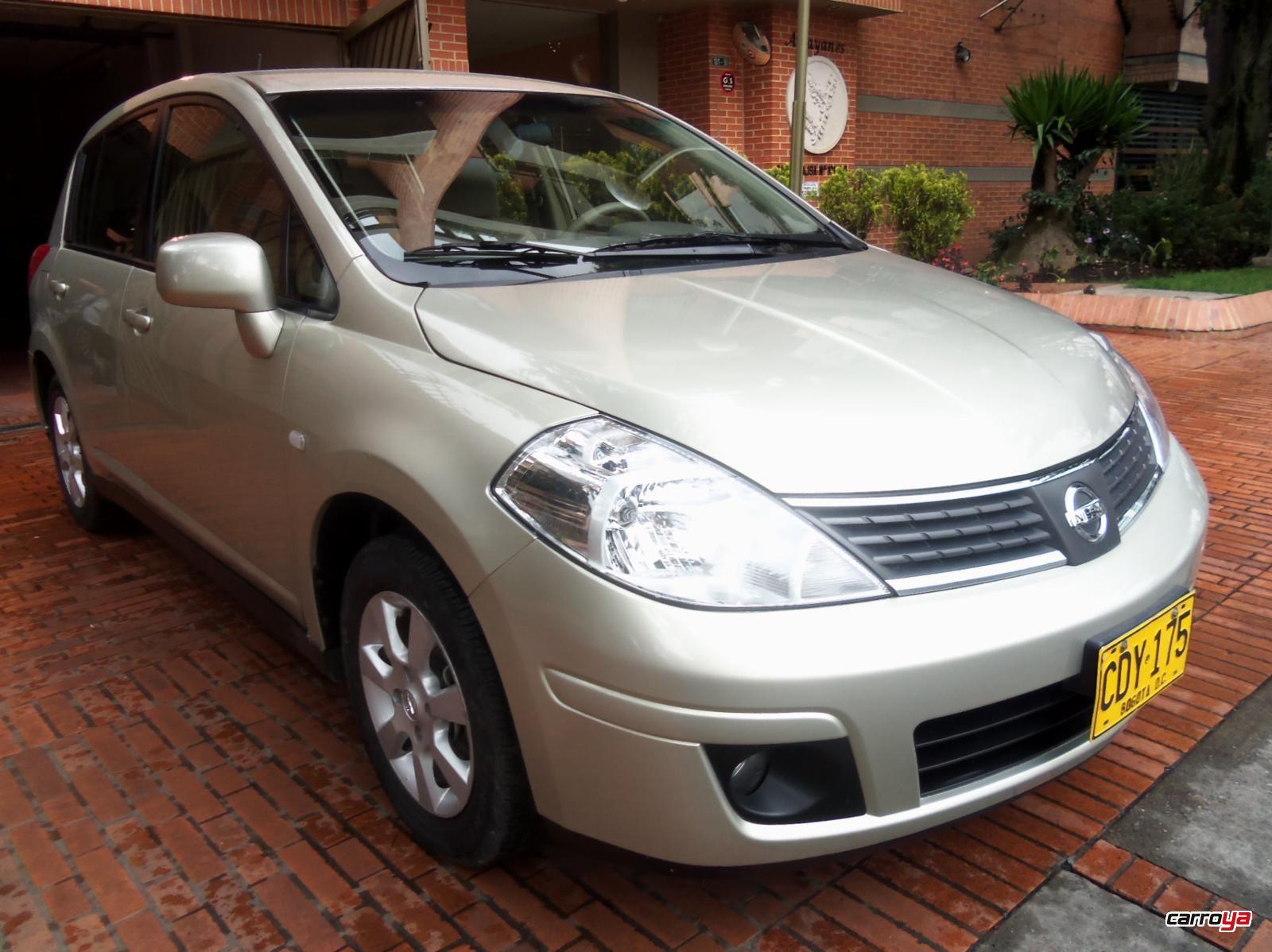 Nissan Tiida 1.8 Emotion Hatchback Mecánico Full Equipo 2007 usado en ...